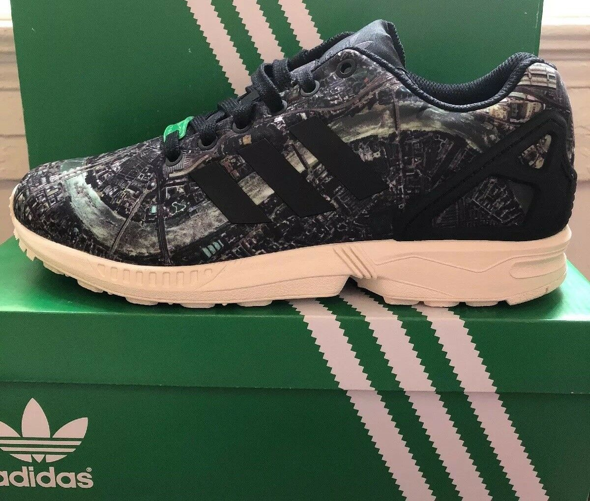 ADIDAS ZX FLUX LONDON LIMITED Sz 9.5 SUPER RARE ONLY ONLY ONLY 150 PAIRS RELEASED M19926 d8ade2