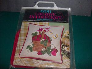 Basket-of-Strawberries-14-034-Pillow-Kit-Vintage-Avon-Crewel-Creative-Needlecraft