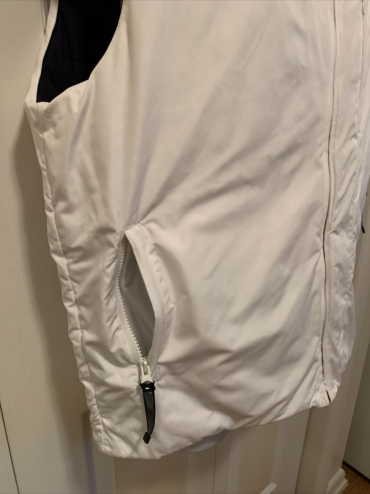 Tommy Hilfiger Mens Reversible Puffy Vest Blue/Wh… - image 11
