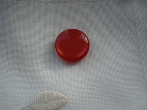 6 designs or 10 8 Buttons reds 6