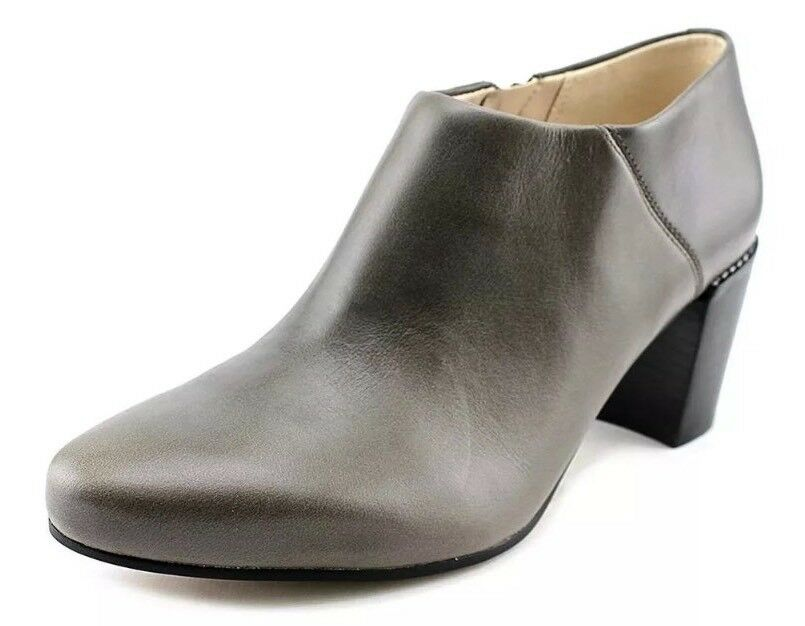 NewCLARKSSize 7.5  CLEAVES VIBE TAUPE LEATHER ANKLE BOOTS EUR 41.5, Boxed