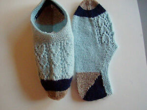 Socks-Chaussettes-Hand-knitted-Quebec-Light-weight-wool-Sz-Med-6-to-8