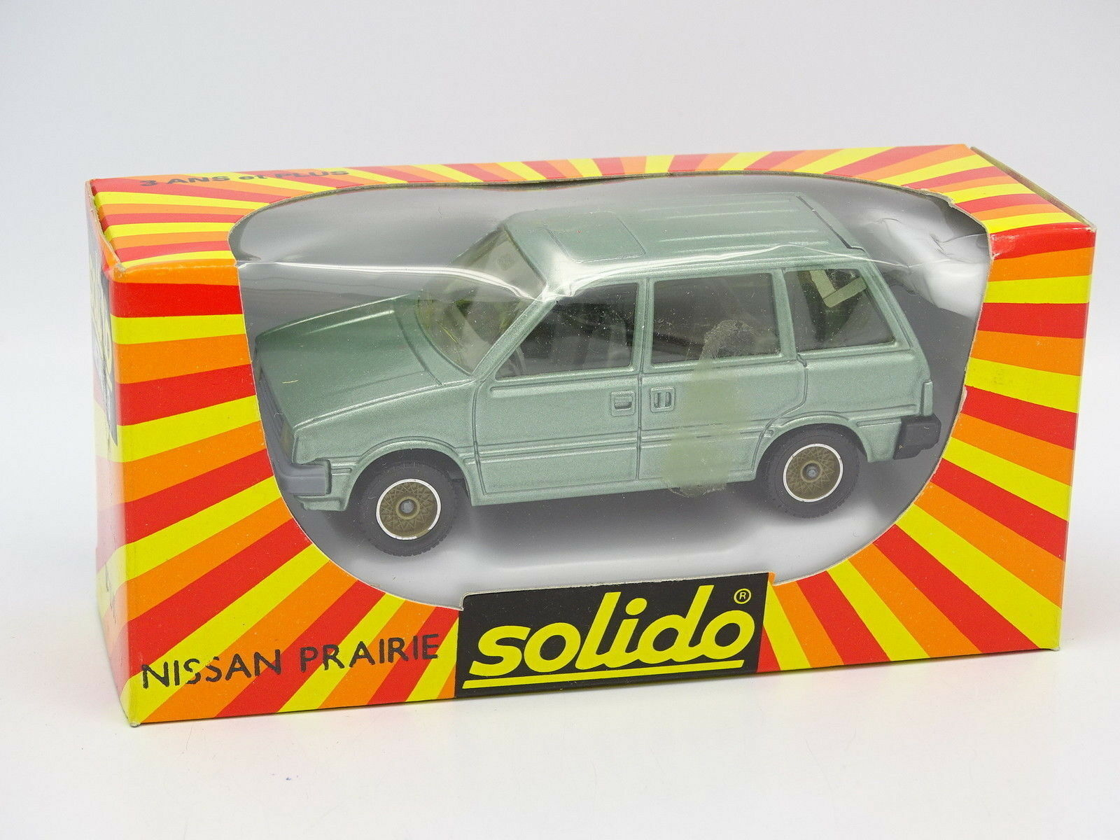 Solido 1 43 43 43 - Nissan Meadow Green f17eae