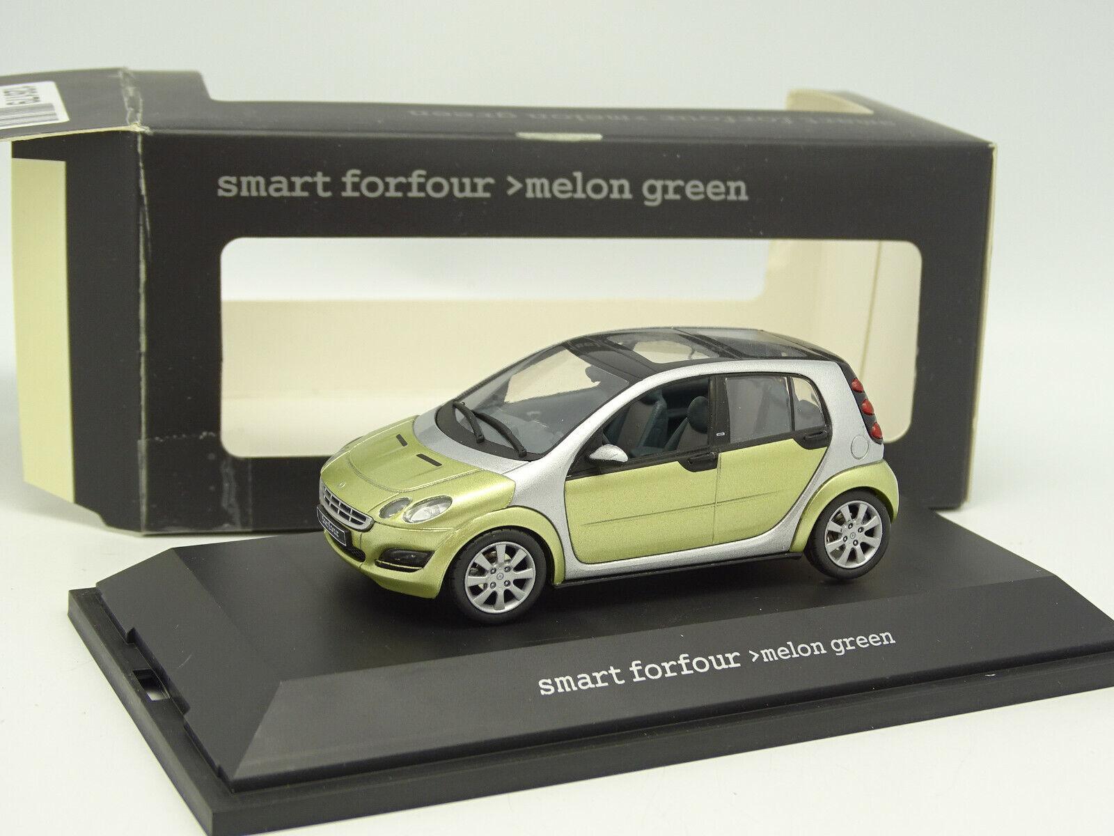 Schuco 1 43 - Smart Forfour verde Metallo