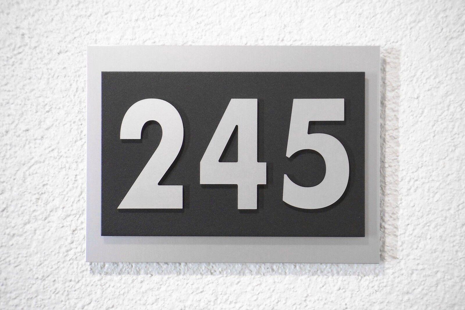Hausnummer Zahl aus 10 Schriftarten zur freien Auswahl Design Verona 3 stellig
