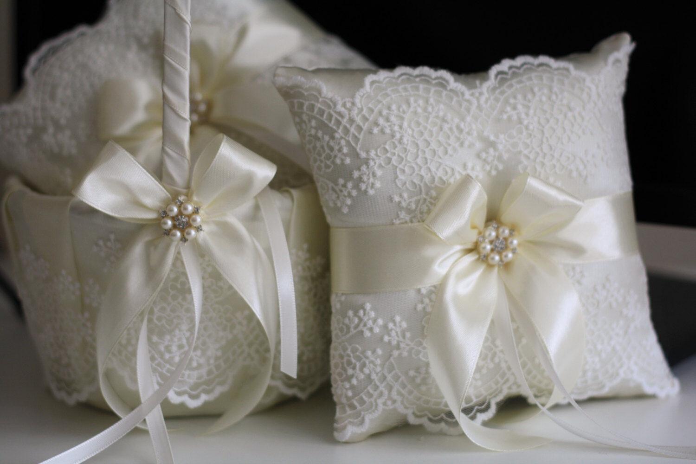 2 Ring Pillows + 2 Wedding Baskets Set