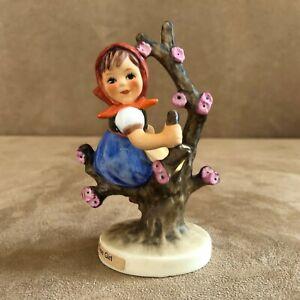Apple-Tree-Girl-141-Goebel-Hummel-98-Figurine-vintage-sitting-in-2-0