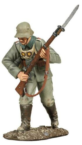 BRITAINS SOLDIERS 23042-1916 German Infantry Advancing No.2