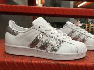 tonto freír Lubricar  Schuhe Adidas Superstar mit Glitter Silber und Swarosky Seite Äußere | eBay