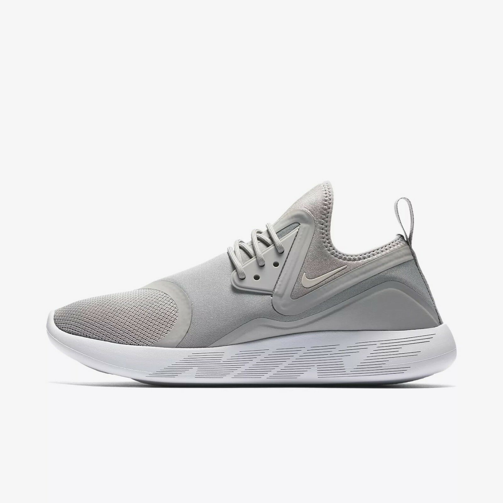 Nike LunarCharge Essential Athletic shoes US 8.5 running epic react free streak