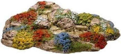HOBBIES CG243 1:76 00 SCALE Rock garden with stream and pool HARBURN HAMLET