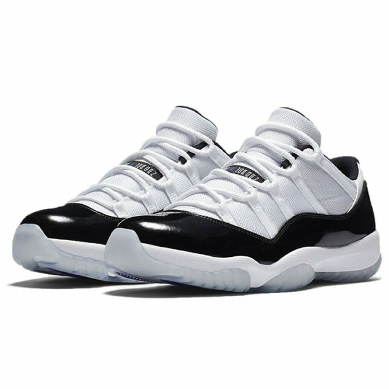 Nike Air Jordan 11 Retro Low SZ 10.5 White Black Dark Concord 528895-153