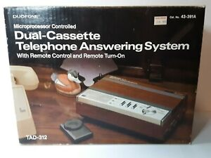 Radio-Shack-Duofone-TAD-312-Dual-Cassette-Telephone-Answering-System-with-box