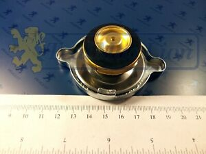 Bouchon-de-Radiateur-Peugeot-204-304-404-504-J7-montage-sans-vase-d-039-expansion