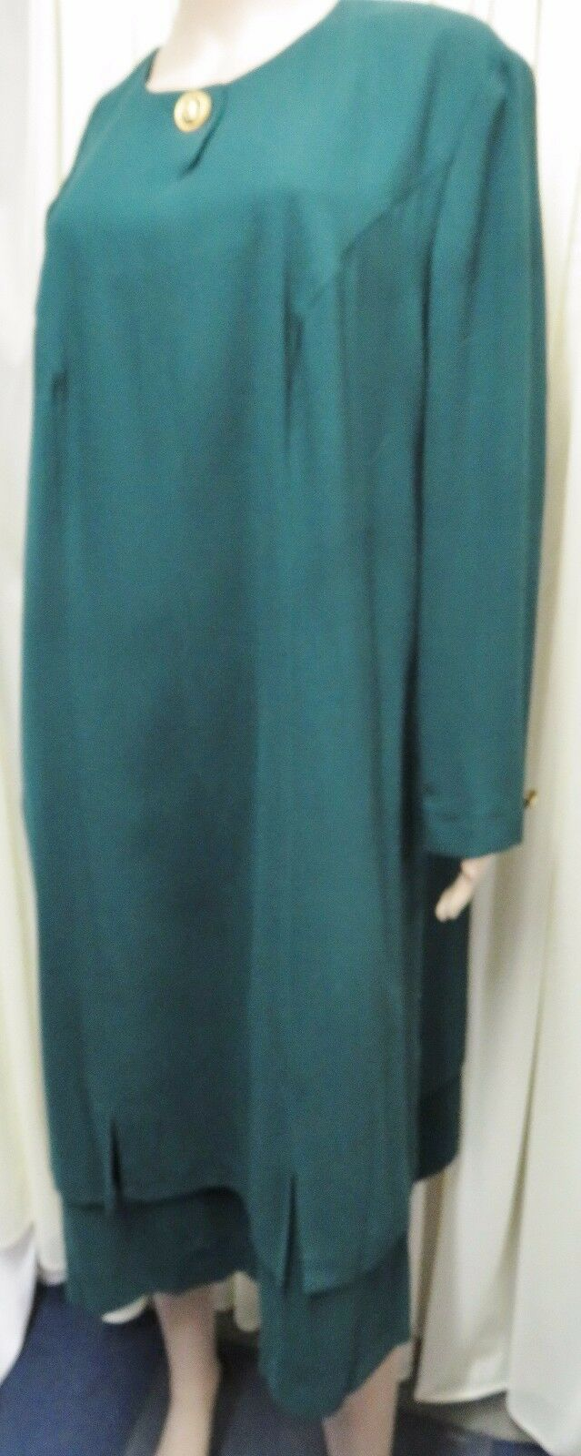 STUNNING VINTAGE SPORTING DARK GREEN PURE NEW WOOL LAYERED DRESS SIZE 22