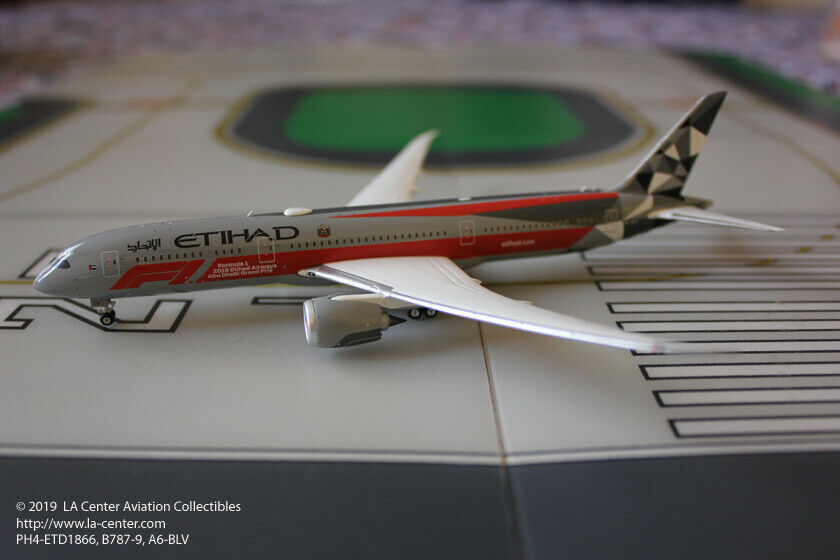 Phoenix model Etihad Airways Boeing 787-9 Abu Dhabi Grand Prix MODEL 1 400