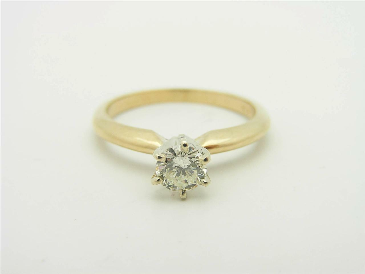 0.41 CARAT ROUND CUT DIAMOND SOLITAIRE ENGAGEMENT RING. 14K YELLOW gold
