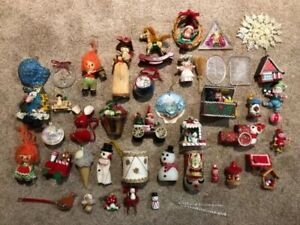Lot-Of-Vintage-Cardboard-Felt-And-Wooden-Christmas-Ornaments