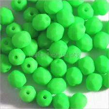 Facettes de Bohème 4mm Vert Fluo Lot de 50 perles