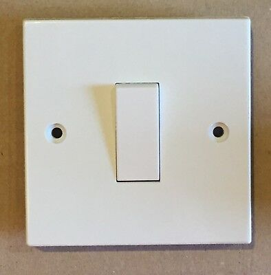 1 x MEM 1 Gang 1 Way 10A Single Switch D5 White Plastic Made In UK