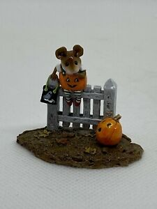 Wee Forest Folk Halloween Pickity Pumpkin Donna Peterson 1998 Retired M232