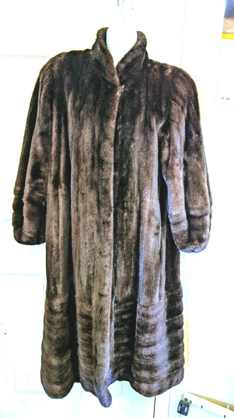 Gorgeous Real Ranch mink Female pelts Fur Coat br… - image 2