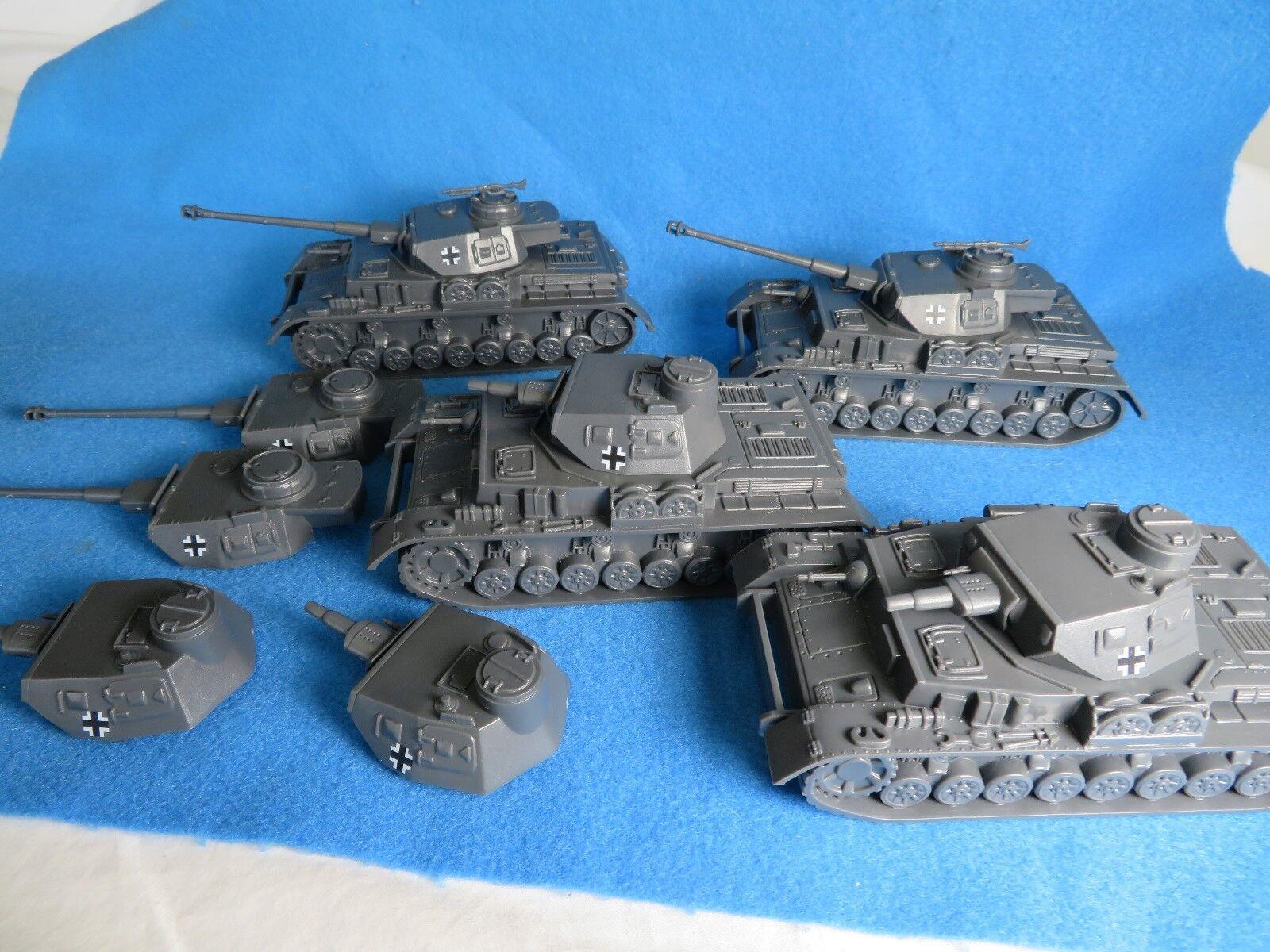 grandes ofertas Soldados de juguete clásicos, Segunda Guerra Mundial Tanque Alemán Panzer Panzer Panzer X 4, grupo de Combo  ganancia cero