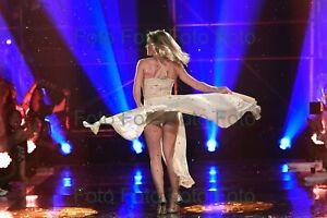 Helene-Fischer-Pop-Songs-Music-TV-Photo-7-7-8x11-13-16in-No-Autograph-Be-8