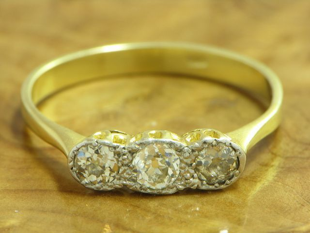 14kt 585 gold yellowgold RING MIT ALTSCHLIFF BRILLANTEN DIAMANTEN HANDARBEIT