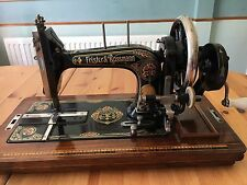 Vintage Frister & Rossmann sewing machine - Red Lillies (not Singer) + extras