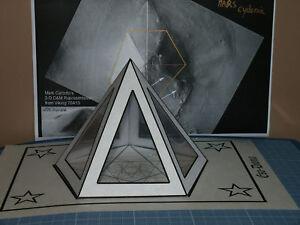 PYRAMIDE-PENTADOME-BLANC-Souhait-Radionique-Esoterisme