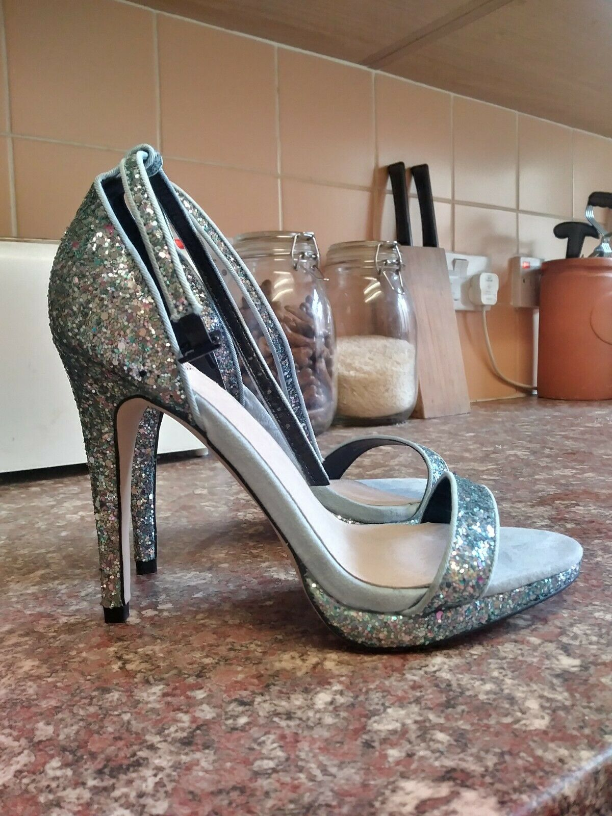 New Womens bluee Glitter Faith Heels Size 3