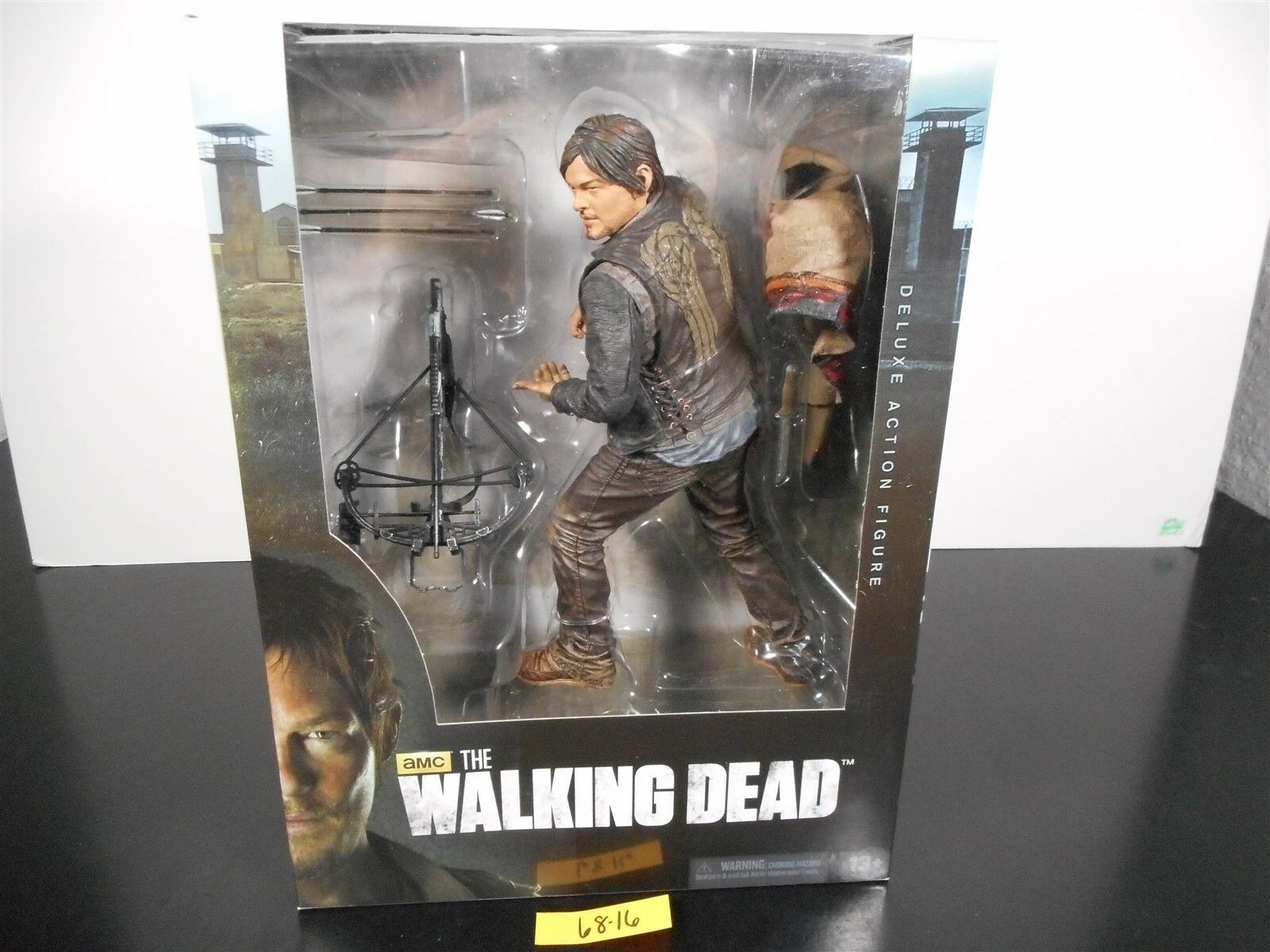 SEALED  THE WALKING DEAD AMC 10  DARYL DIXON DELUXE ACTION FIGURE SERIES 4 68-16