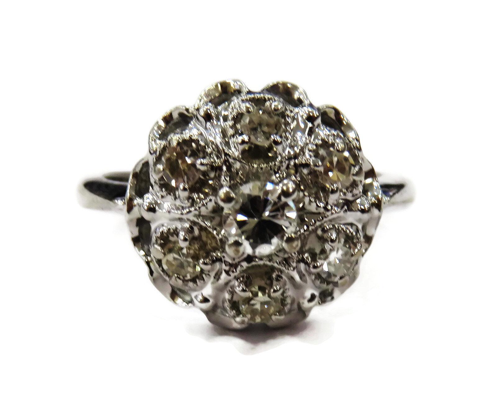 14K White gold Ladies Diamond Ring 3.8g