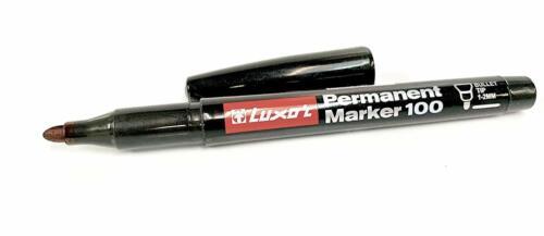 Non-Toxic 8 Count Permanent Marker Black Bullet Tip