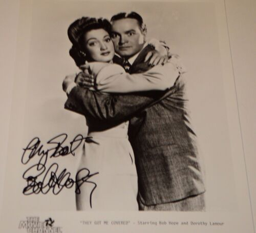 BOB HOPE THEY GOT ME COVERED 8 X 10 B&W AUTOGRAPHED PHOTO
