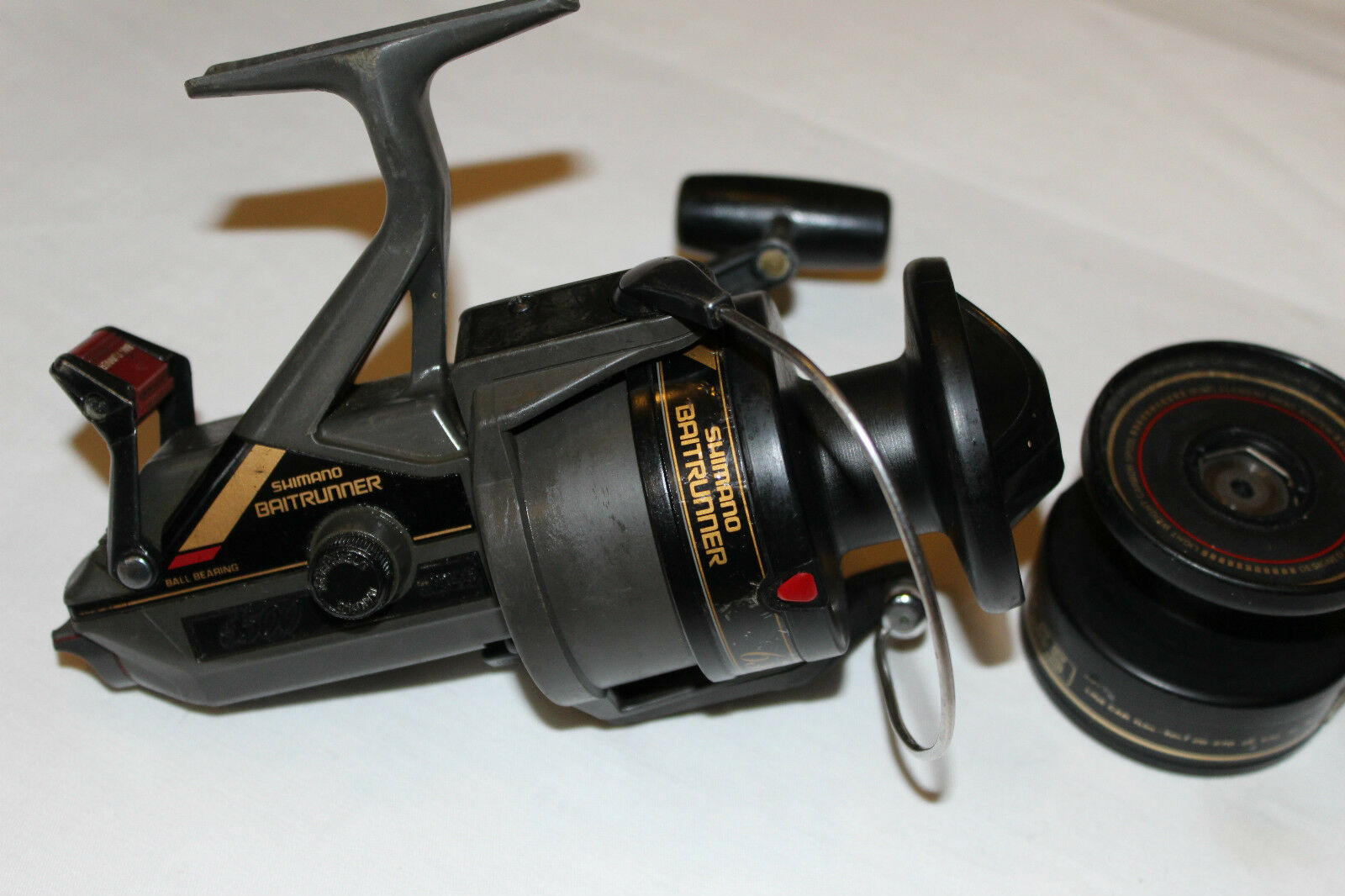 Shimano BAITRUNNER 6500 con bobina de repuesto-Made in Japan