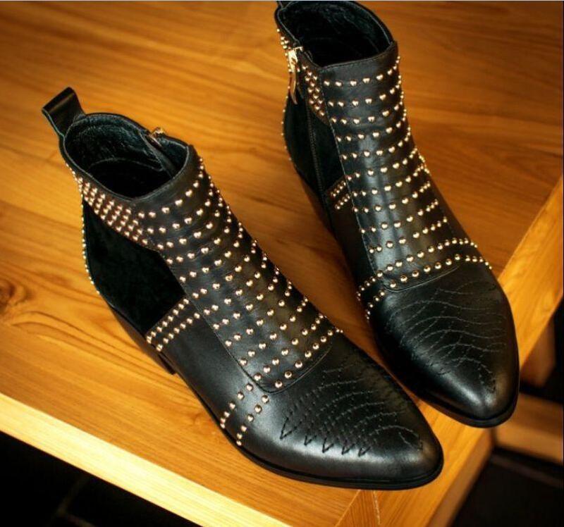 Para mujer de cuero con con cuero remaches tachonados de punta redonda Tirar Botas al Tobillo Zapatos señoras de cremallera lateral 63f2c1