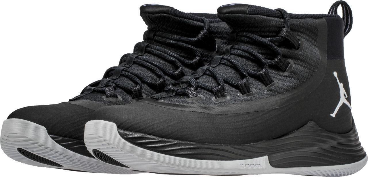 Nike air jordan uomini ultra - mosca 2 bianco & nero taglia - autentico