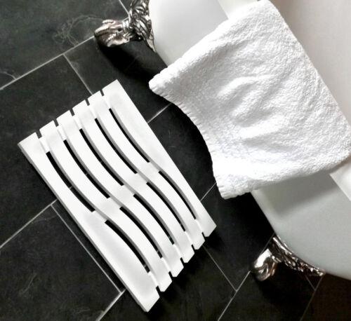 Wave Design Solid Beech Wooden Duck Board Bathroom Shower Mat White Satin