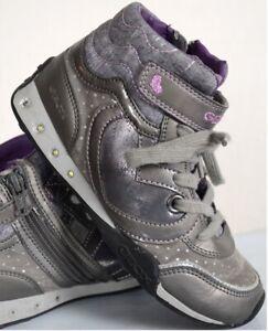 Geox Sneaker mit Absatz in GrauSilber