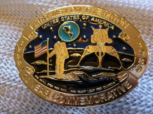 FIRST MEN ON THE MOON U.S.A MADE 20 YEAR COMMEMORATIVE BUCKLE
