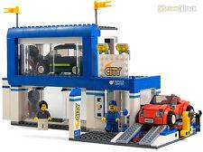 LEGO® City Autohaus und KFZ-Werkstatt mit Bauanleitung aus 60097 Stadtzentrum