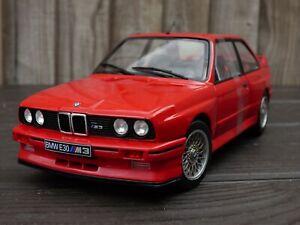 Leyenda-Vieja-Escuela-agradable-Grille-1-18-Rojo-BMW-M3-E30-Coche-Modelo-de-juguete-de-alimentacion