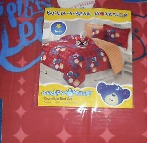 BUILD-A-BEAR-SPORTS-TWIN-REVERSIBLE-COMFORTER-SHAM-AND-PILLOW-BASEBALL-FOOTBALL