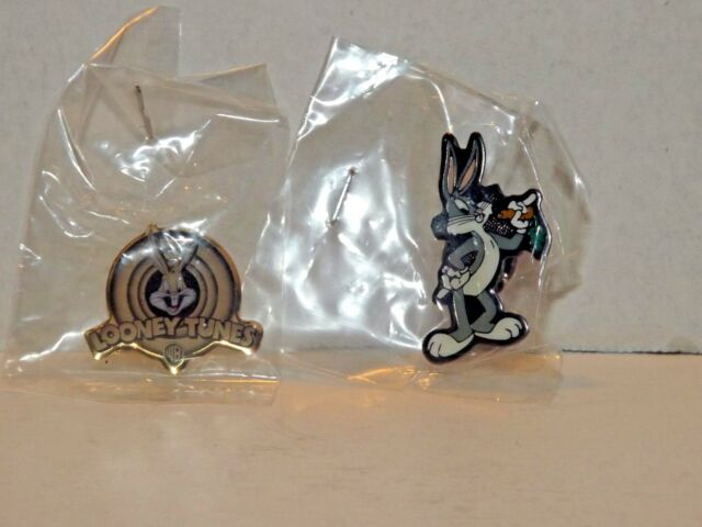 2 Bugs Bunny Looney Tunes Warner Brothers Pins Rare HTF 1997 l 1999 New