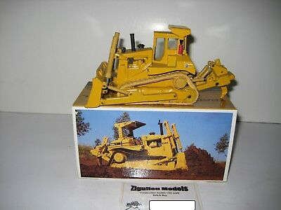Baufahrzeuge Nett Caterpillar D 8 L Planierraupe Pacman Logo Arpra 1:50 Ovp Gesundheit Effektiv StäRken