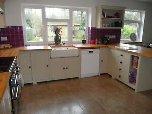 Bespoke Solid Wood Handmade Country Kitchen Cabinet Unit With Oak
