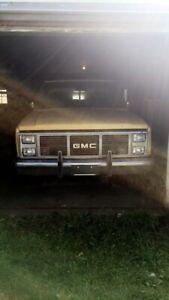 81 GMC Sierra classic