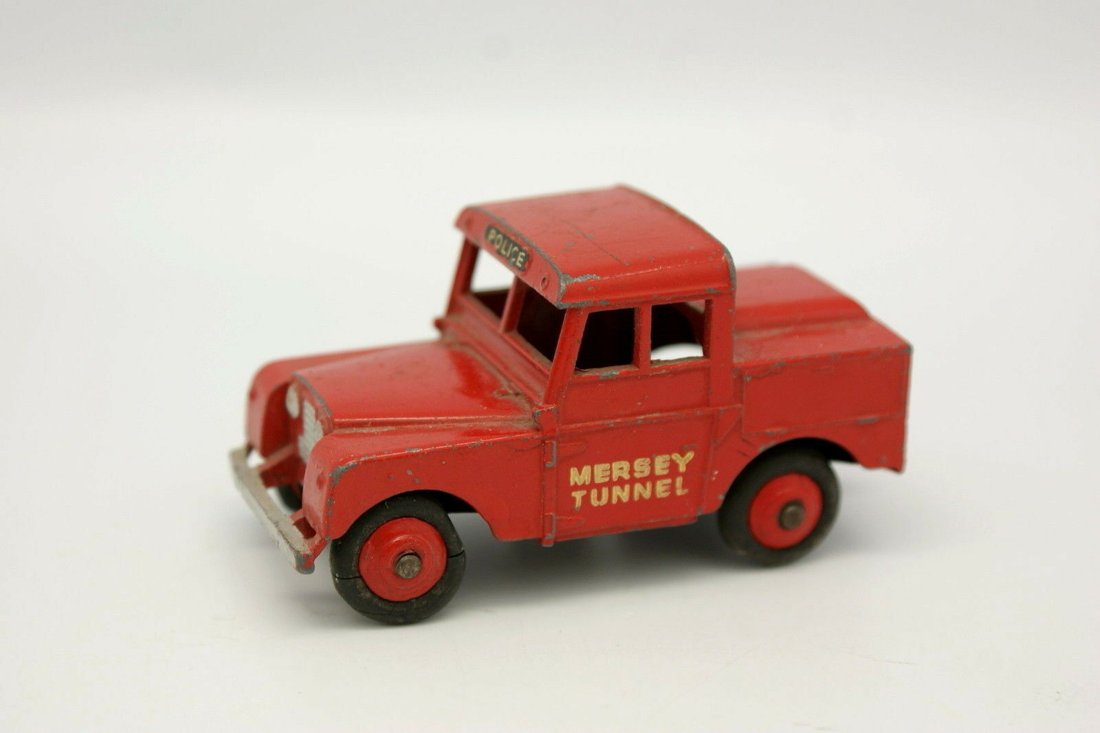 Dinky Toys GB 1 43 - Land Rover 88 88 88 Polizia Mersey Tunnel 1be9e7